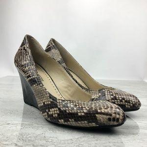 🌵Adrienne Vittadini Snake Print Wedges